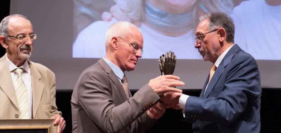 Lama Ole premiado por la UNESCO