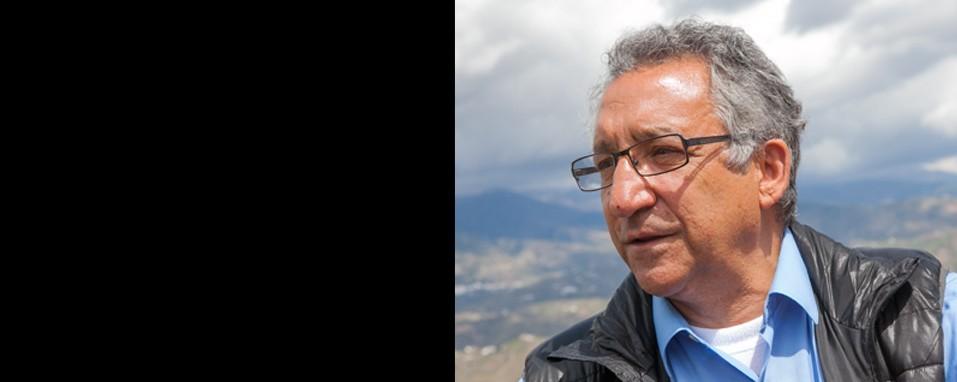 Primera charla pública budista en la localidad de Vélez-Málaga con Pedro Gomez